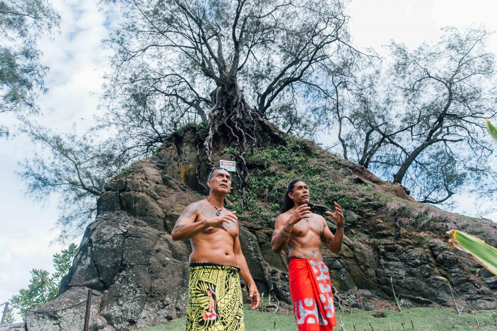 Holiday in Tahiti- Local Tahitian tour guides
